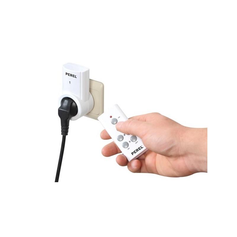 7500 3n2 jeu de 3 prises avec telecommande. Black Bedroom Furniture Sets. Home Design Ideas